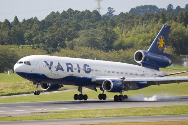 senyoさんが、成田国際空港で撮影したヴァリグ MD-11の航空フォト(飛行機 写真・画像)
