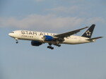 kahluamilkさんが、成田国際空港で撮影したユナイテッド航空 777-222/ERの航空フォト(飛行機 写真・画像)