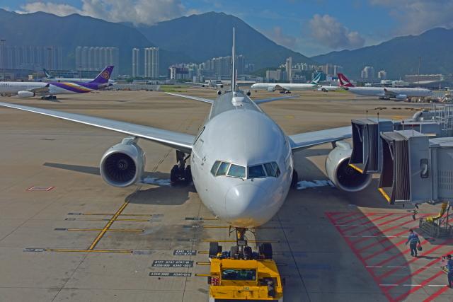 Souma2005さんが、香港国際空港で撮影したニュージーランド航空 777-219/ERの航空フォト(飛行機 写真・画像)