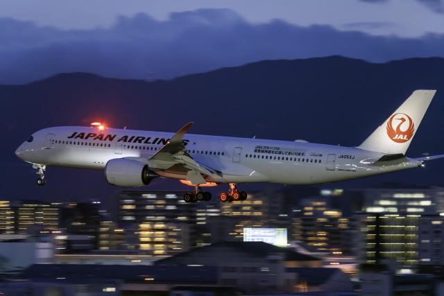 K.Sさんが、福岡空港で撮影した日本航空 A350-941の航空フォト(飛行機 写真・画像)