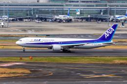 01yy07さんが、羽田空港で撮影した全日空 767-381の航空フォト(飛行機 写真・画像)