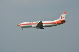 竹林 義弘さんが、福岡空港で撮影した日本トランスオーシャン航空 737-446の航空フォト(飛行機 写真・画像)