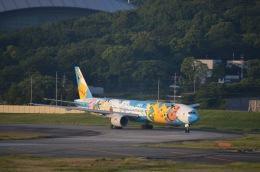竹林 義弘さんが、福岡空港で撮影した全日空 777-381の航空フォト(飛行機 写真・画像)