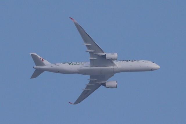 BOEING737MAX-8さんが、自宅から撮影で撮影した日本航空 A350-941の航空フォト(飛行機 写真・画像)