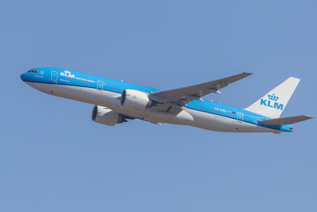 mameshibaさんが、成田国際空港で撮影したKLMオランダ航空 777-206/ERの航空フォト(飛行機 写真・画像)