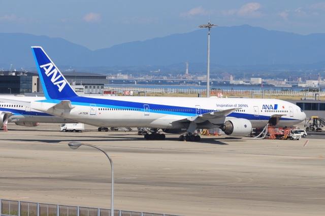 Runway747さんが、関西国際空港で撮影した全日空 777-381の航空フォト(飛行機 写真・画像)