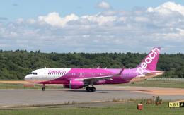 うみBOSEさんが、新千歳空港で撮影したピーチ A320-214の航空フォト(飛行機 写真・画像)