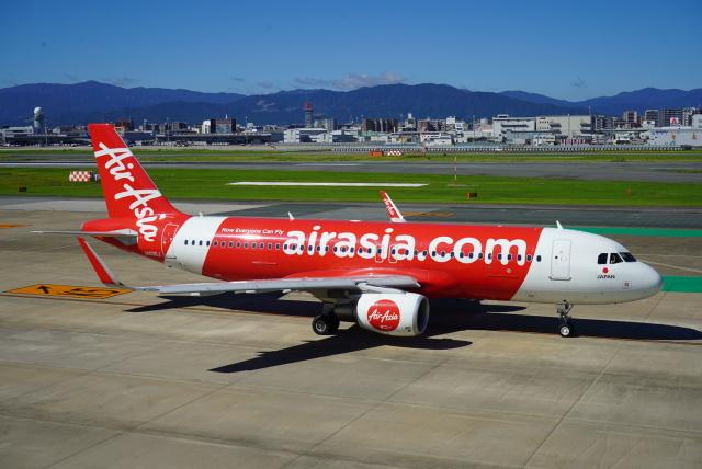 幹ポタさんが、福岡空港で撮影したエアアジア・ジャパン A320-216の航空フォト(飛行機 写真・画像)