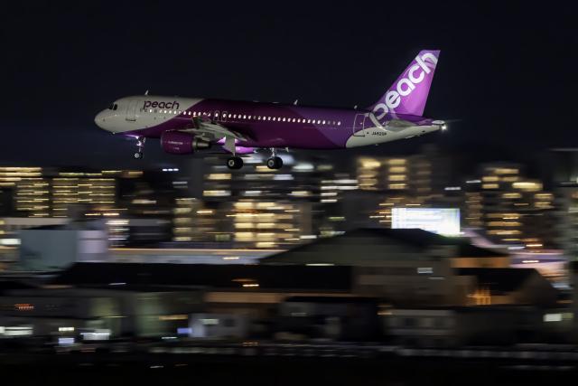 K.Sさんが、福岡空港で撮影したピーチ A320-214の航空フォト(飛行機 写真・画像)