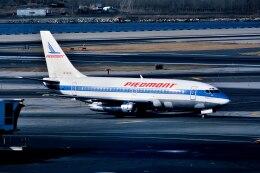 パール大山さんが、ラガーディア空港で撮影したピードモント航空 737-201の航空フォト(飛行機 写真・画像)