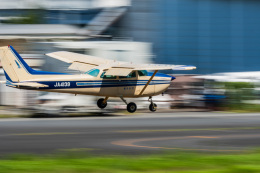 NCT310さんが、調布飛行場で撮影した東京航空 172P Skyhawk IIの航空フォト(飛行機 写真・画像)