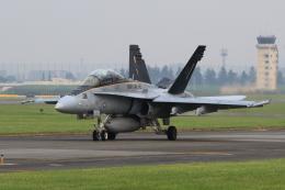 たまさんが、横田基地で撮影したアメリカ海兵隊 F/A-18D Hornetの航空フォト(飛行機 写真・画像)