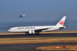 うめたろうさんが、羽田空港で撮影した日本航空 777-246の航空フォト(飛行機 写真・画像)