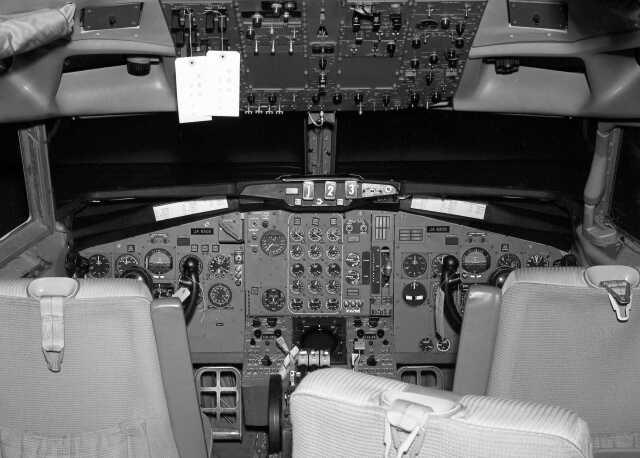 Y.Todaさんが、羽田空港で撮影した全日空 727-81の航空フォト(飛行機 写真・画像)