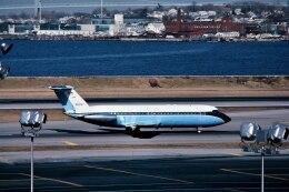 パール大山さんが、ラガーディア空港で撮影したDresser Ind. Inc 111-401AK One-Elevenの航空フォト(飛行機 写真・画像)