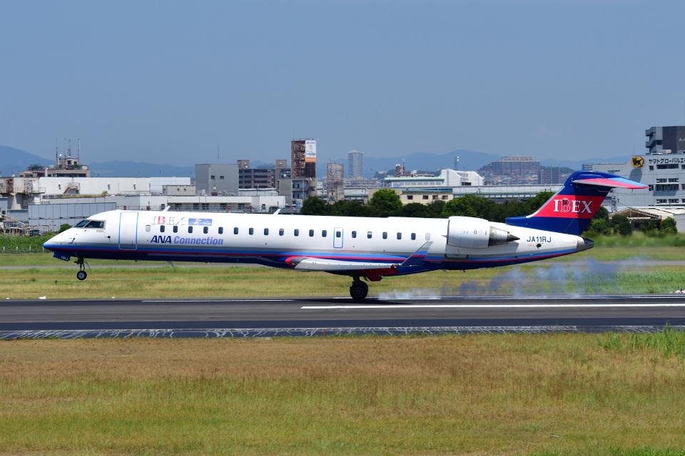かえでさんのアイベックスエアラインズ Bombardier CRJ-700 (JA11RJ) 航空フォト