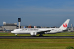 かえでさんが、伊丹空港で撮影した日本航空 777-289の航空フォト(飛行機 写真・画像)