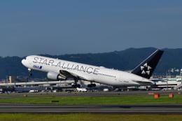 かえでさんが、伊丹空港で撮影した全日空 767-381/ERの航空フォト(飛行機 写真・画像)