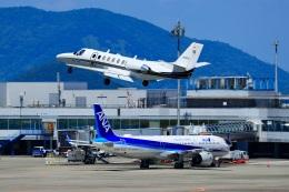 くれないさんが、高松空港で撮影した岡山航空 560 Citation Ultraの航空フォト(飛行機 写真・画像)