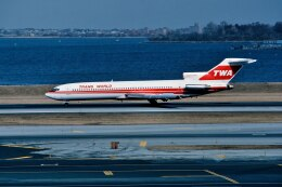 パール大山さんが、ラガーディア空港で撮影したトランス・ワールド航空 727-231/Advの航空フォト(飛行機 写真・画像)
