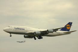 inyoさんが、フランクフルト国際空港で撮影したルフトハンザドイツ航空 747-830の航空フォト(飛行機 写真・画像)