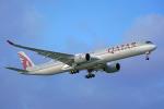 ちゃぽんさんが、成田国際空港で撮影したカタール航空 A350-1041の航空フォト(飛行機 写真・画像)