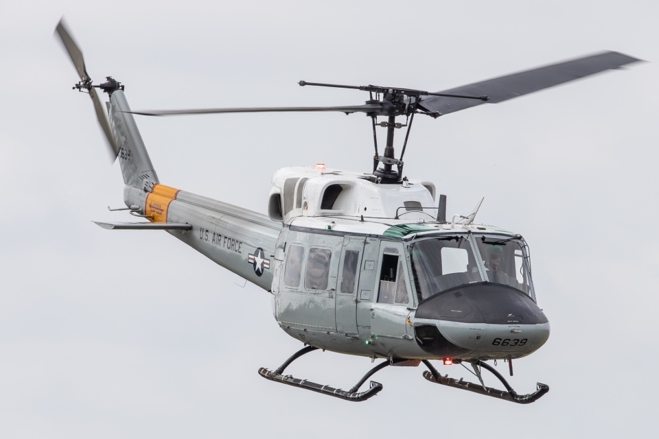 KANTO61さんのアメリカ空軍 Bell UH-1 Iroquois / Huey (69-6639) 航空フォト