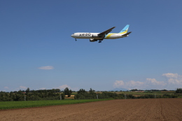funi9280さんが、女満別空港で撮影したAIR DO 767-33A/ERの航空フォト(飛行機 写真・画像)