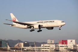funi9280さんが、福岡空港で撮影した日本航空 777-289の航空フォト(飛行機 写真・画像)