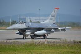 eagle-driver1998さんが、千歳基地で撮影したアメリカ空軍 F-16CM-50-CF Fighting Falconの航空フォト(飛行機 写真・画像)