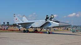 ちゃぽんさんが、ジュコーフスキー空港で撮影したロシア空軍 MiG-31BMの航空フォト(飛行機 写真・画像)