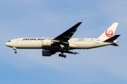 ドガースさんが、成田国際空港で撮影した日本航空 777-246/ERの航空フォト(飛行機 写真・画像)
