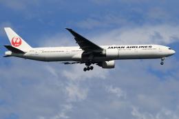 ★azusa★さんが、シンガポール・チャンギ国際空港で撮影した日本航空 777-346/ERの航空フォト(飛行機 写真・画像)
