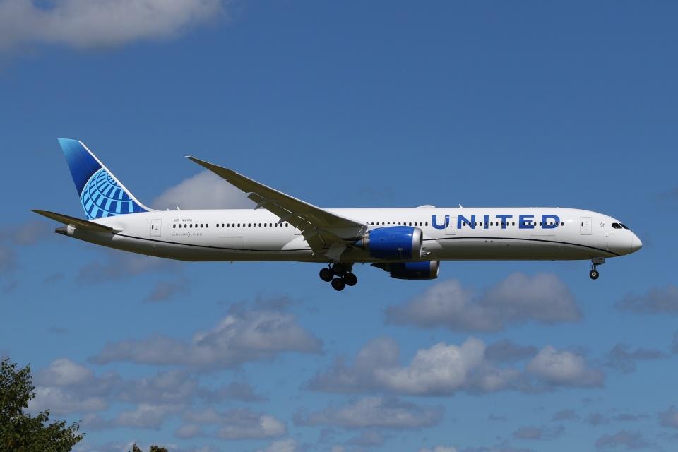 宮崎 育男さんのユナイテッド航空 Boeing 787-10 (N12010) 航空フォト