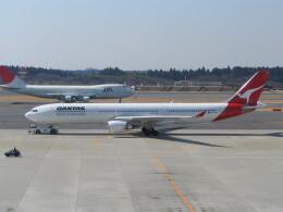 kahluamilkさんが、成田国際空港で撮影したカンタス航空 A330-303の航空フォト(飛行機 写真・画像)