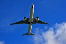 うめたろうさんが、那覇空港で撮影した日本航空 777-346/ERの航空フォト(飛行機 写真・画像)