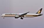 鉄バスさんが、成田国際空港で撮影したシンガポール航空 777-312/ERの航空フォト(飛行機 写真・画像)