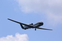 バイクオヤジさんが、横田基地で撮影したアメリカ空軍 RQ-4B-40 Global Hawkの航空フォト(飛行機 写真・画像)