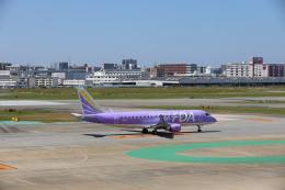 funi9280さんが、福岡空港で撮影したフジドリームエアラインズ ERJ-170-200 (ERJ-175STD)の航空フォト(飛行機 写真・画像)