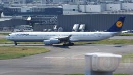 mich_stoneさんが、羽田空港で撮影したルフトハンザドイツ航空 A340-642Xの航空フォト(飛行機 写真・画像)