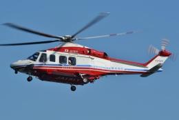 ブルーさんさんが、赤レンガパークで撮影した横浜市消防航空隊 AW139の航空フォト(飛行機 写真・画像)