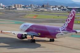 flyflygoさんが、福岡空港で撮影したピーチ A320-214の航空フォト(飛行機 写真・画像)