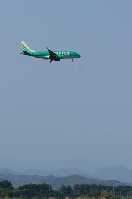 xxxxxzさんが、静岡空港で撮影したフジドリームエアラインズ ERJ-170-100 SU (ERJ-170SU)の航空フォト(飛行機 写真・画像)