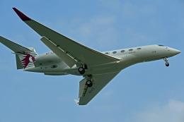 Souma2005さんが、香港国際空港で撮影したカタール・エグゼクティブ G650ER (G-VI)の航空フォト(飛行機 写真・画像)