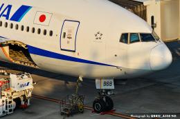 kina309さんが、羽田空港で撮影した全日空 777-281の航空フォト(飛行機 写真・画像)