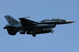 もにーさんが、小松空港で撮影した航空自衛隊 F-2Bの航空フォト(飛行機 写真・画像)