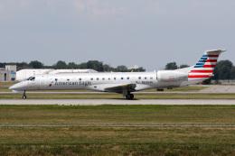 JETBIRDさんが、モントリオール・ピエール・エリオット・トルドー国際空港で撮影したピードモント・エアラインズ ERJ-145LRの航空フォト(飛行機 写真・画像)