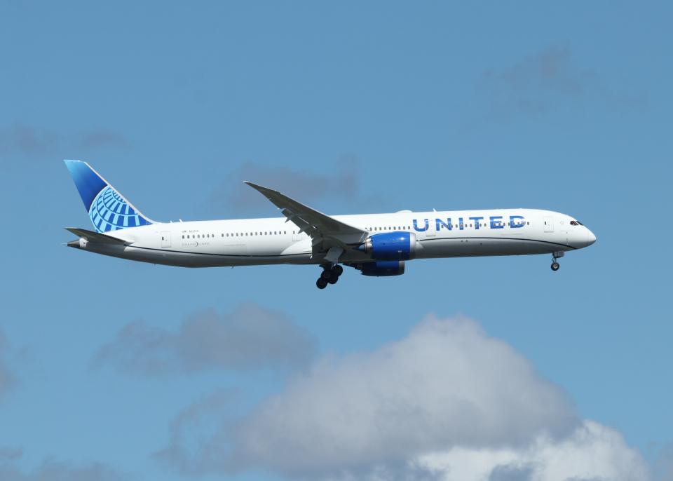 銀苺さんのユナイテッド航空 Boeing 787-10 (N12010) 航空フォト