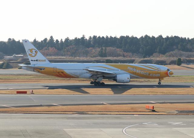 銀苺さんが、成田国際空港で撮影したノックスクート 777-212/ERの航空フォト(飛行機 写真・画像)