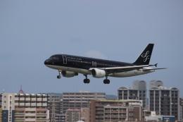 すーぱーばりとくさんが、福岡空港で撮影したスターフライヤー A320-214の航空フォト(飛行機 写真・画像)